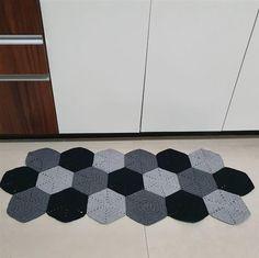 Tapestry Crochet Patterns, Diy Home Crafts, Rugs, Home Decor, Florence, Google, Crochet Rug Patterns, Polka Dot Rug, Needlepoint