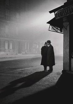 Paris 1934  Photo: Fred Stein