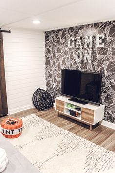 Game Room Makeover with Wallpaper - Inspired Reality Game Room Makeov. Game Room Makeover with Wallpaper – Inspired Reality Game Room Makeover with Wallpaper Teen Lounge Rooms, Teen Game Rooms, Boys Game Room, Small Game Rooms, Boy Room, Teen Playroom, Game Room Decor, Room Setup, Room Wall Decor