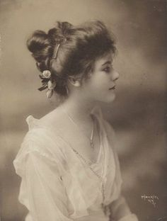 Image result for edwardian hairstyle pics 1905