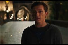 """""""Everywhere I go, I see his face. Marvel Films, Marvel Jokes, Avengers Memes, Marvel Funny, Marvel Characters, Marvel Cinematic, Marvel Avengers, Tom Parker, Tom Holland Peter Parker"""
