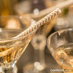"""Sippers"" Chevron Pattern Metallic Print Paper Straws - 75 for Creative Bag Chevron Paper, Gold Chevron, Metallic Prints, Metallic Paper, Metallic Gold, Silver, Gold Wedding Theme, Wedding Themes, Wedding Ideas"