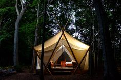 Not a fan of roughing it in the wilderness? From posh tents to tree houses, here& where to go glamping in Canada to enjoy the great outdoors in comfort. Glam Camping, Go Glamping, Luxury Camping, Camping Ideas, Backpacking Canada, Canada Travel, Canada Trip, Canada Holiday, Gardens