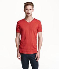 0b6d3b77c36 V-neck T-shirt in jersey made from an organic cotton blend