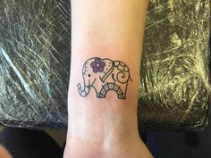 Little Tattoos, Cute Tattoos, Body Art Tattoos, Sleeve Tattoos, Tatoos, Mommy Daughter Tattoos, Tattoos For Daughters, Elefante Tattoo, Baby Elephant Tattoo