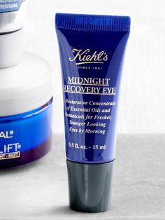 A trio of oils—squalane, evening primrose, and lavender—minimizes fine lines and dark circles.