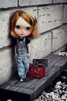 POUPÉE DOLL! ... MUSIQUE DANS LE QUARTIER!... sur Flickr - Photo Sharing!