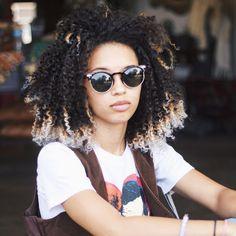 natural. curls. length. color.