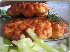 Kuře zbavte kůže a vykostěte. Maso nakrájejte na menší kousky. Do mísy dejte 2 vejce,pivo, hořčici, sojovou omáčku, hladkou mouku, solamyl,... Tandoori Chicken, Ham, Good Food, Food And Drink, Menu, Treats, Ethnic Recipes, Decor, Red Peppers