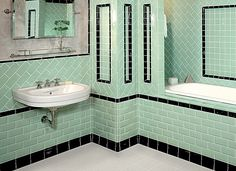 1930s bathroom tiles // Goodness, does this remind me of our old home's bath!