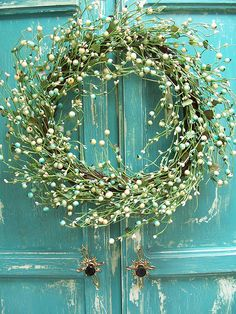 Aqua, Green Wreath-- I love these colors