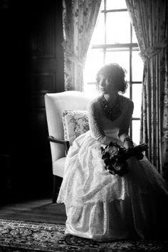 beautiful lighting-love the dress