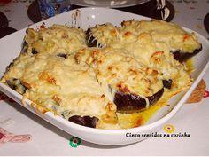 Cinco sentidos na cozinha: Beringelas recheadas com frango, cogumelos e alho ...