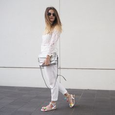 http://doctorsfashiondiary.jimdo.com/2016/05/21/p-o-m-p-o-m-s-a-n-d-a-l-s/  All white and some very special shoes