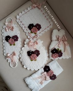 İyi geceler ❤❤@lifmodelleriniz#lifmodeli#lifmodelleri#ceyizliklif#örgümodelleri Yarn Crafts, Diy And Crafts, Bead Crochet Patterns, Piercings, Moda Emo, Kids And Parenting, Lana, Crochet Earrings, Embroidery