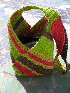 15 Super Useful Crochet Tote Bag Patterns