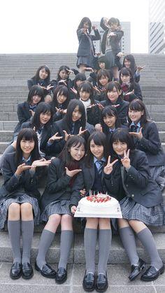 【欅坂46】推しのいっっっっちばん可愛い写真を貼るスレ | 乃木坂とか欅坂とかまとめぐちゃん  しー ふー  ねる にじか  米さん すずもん うえむー 理佐 みぃちゃん  てち 長沢くん べりか(ぺー) もな  おぜき ゆっかー あおたん あかねん  土生ちゃん ずーみん ゆいぽん おだなな School Girl Japan, School Girl Outfit, School Uniform Girls, Girls Uniforms, Japan Girl, Girl Outfits, Beautiful Young Lady, Beautiful Asian Girls, Japanese School Uniform