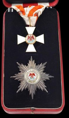 Prussia, Order of the Red Eagle, First Class Grand Cross set set. Both the star and the badge are hallmarked 'W', the badge in gold and enamel in excellent condition, the star in silver, gold and enamel