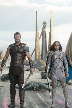 These New Images From Thor: Ragnarok Will Make Your Monday Feel Like a Friday