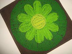 Serviette from the 70s. Cotton. Serviet - 1970'erne bomuld. #retro #Swedish #textile #1970 #svensk #tekstil #serviet. From www.TRENDYenser.com. SOLGT.