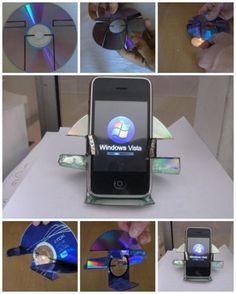 Porta celular feito de CD // phone holder made from a CD