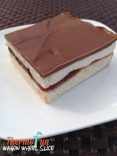 Wagon Wheel Slice recipe to be made in the Thermomix - ThermoFun – Wicked Wednesday – Wagon Wheel Slice. Gourmet Recipes, Baking Recipes, Cake Recipes, Fudge Recipes, Bellini Recipe, Slice Recipe, Decadent Food, Thermomix Desserts, Melting Chocolate