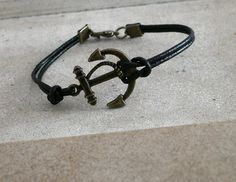 Etsy, Bracelets, Leather, Jewelry, Fashion, Black Leather, Bangles, Jewellery Making, Moda