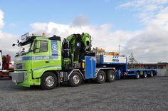 Volvo FH zwaar autokraan speciaaltransport.