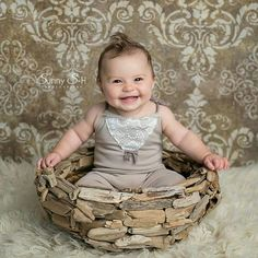 An amazing photographer....  Sunny bought one of our coastal bowls to use a baby prop in her studio. Absolutely love this picture!!! Thank you so much Sunny @sunnyshphoto  ESTY SHOP - COASTALWREATH  WWW.COASTALWREATHS.CA