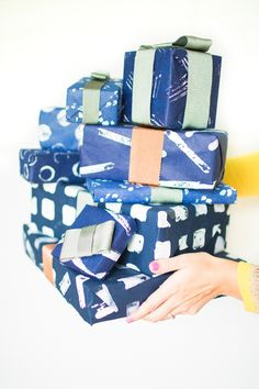the red thread :: create, inspire, share | 10 DIY Christmas gift wrap ideas | http://www.theredthreadblog.com