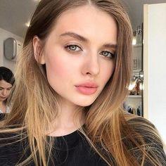 #BeautyBasics #MakeupJunkie #InstaBeauty#Hair #Hairstyle #Hairstylist#Eyes #EyeMakeup #Eyeshadow#MakeupArtist#NaturalBeauty #NaturalLook… Girl Gifs, Makeup Junkie, Perfect Match, Natural Beauty, Eye Makeup, Eyeshadow, Hair Styles, Toddler Girls