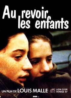 Adeus, Meninos - Au Revoir Les Enfants (França 1987 - filme autoral do grande Louis Malle, baseado em suas lembranças de infância. na França ocupada na segunda guerra, um menino em uma escola interna fica amigo de outro que esconde o fato de ser judeu. a Gestapo invade a escola com as piores consequências. obra-prima)