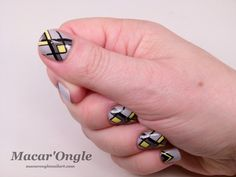 Stamping Master – Jaune et gris / Grey and yellow (MoYou London Holy Shapes no. 4; A-England Cathy ; A-England Wuthering Heights)