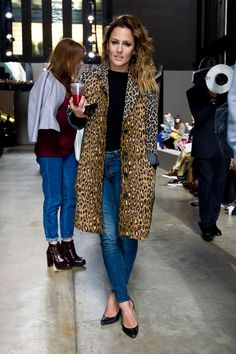 Say you what you want about Ms Flack, just don't say anything negative about her to me. I really adore her. And her style. Caroline Flack Hair, Caroline Flack Style, Celebrity Style Inspiration, Celeb Style, Casual Outfits, Fashion Outfits, Fashion Hair, Fashion Ideas, Street Style 2014