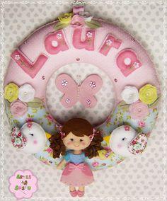 Artes da Sussu: ¸¸.•*¨*✿ Fofurices para a Laura ✿*¨*•.¸¸  detalhe do nome em 2 cores,  super criativo
