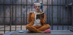 Parece que as críticas negativas sobre Esquadrão Suicida não afetaram muito a ansiedade do público para assistir ao mais novo filme da DC Comics! O longajá estreou em alguns países e atingiu números consideráveis em suas bilheterias. A reunião de vilões da DC arrecadou 8,1 milhão de dólares nas bilheterias de quarta-feira, quando estreou em …