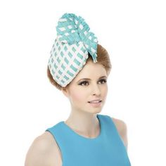 Hand woven turquoise and off white textured headpiece upon a thermoplastic base with reverse colour twist detail   #ss16 #milliner #millinery #farnham #london #fashion #weaving #fashiontrend #fashionblog #racingfashion #redhead #photoshoot #percher #hat #hatshop #handmade #madeinengland #beverleyedmondson #bespoke