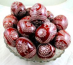 Ostereier mit traditioneller Kratztechnik verziert, sorbische Ostereier / Easter eggs with traditional ornaments made by Gabi-art via DaWanda.com