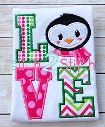 Penguin Love Applique - 2 Sizes! | Winter | Machine Embroidery Designs | SWAKembroidery.com The Itch 2 Stitch