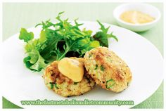 These sweet potato tuna patties are so easy to make and taste so good. It is incredible how they are soft inside and crispy from the outside. This recipe is great for those who like to leave everything almost ready before you leave for the day, cause you can combine all the ingredients together, leave the mixture/patties in the fridge and then just sauté them right before dinner.