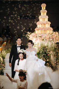 Girls Dresses, Flower Girl Dresses, Groom, Bride, Wedding Dresses, Flowers, Fashion, Bride Dresses, Moda
