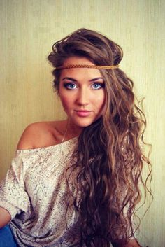 wavy/curly hair, tossed to one side, headband