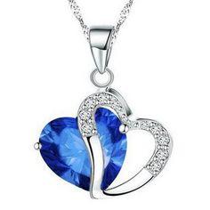 Sydänkaulakoru kahdella sydämellä – Sininen  Korun tilaus- ja hintatiedot löytyvät osoitteesta: http://www.samaskoru.fi/tuote/sydankaulakoru-kahdella-sydamella-sininen/  #korut #kaulakoru #jewelry #necklace #fashion  www.samaskoru.fi