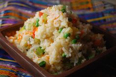 Arroz Guatemalteco (Guatemalan Vegetable Rice) - Seasoned with Garlic and Cloves Rice Recipes, Gourmet Recipes, Mexican Food Recipes, Cooking Recipes, Healthy Recipes, Ethnic Recipes, Cooking Ideas, Cooking Time, Yummy Recipes