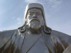 Genghis Khan statue 4 680x510 Genghis Khan statue on the Mongolian steepes