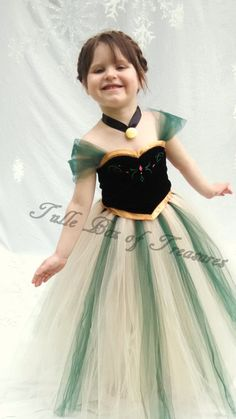 Wintery Green Princess Frozen in Time Costume ensemble/Halloween/Dress up/Princess Dress/Birthday Party/Girl/Princess Costume Baby Girl Holiday Dresses, Little Girl Dresses, Girls Dresses, Flower Girl Dresses, Disney Princess Dresses, Disney Dresses, Princess Costumes, Tutu Costumes, Costume Dress