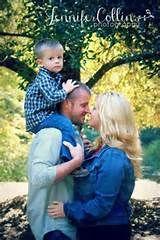 Family of 3 portrait ideas. | Family Photo Ideas