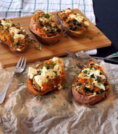 gefüllte Süßkartoffeln aus dem Ofen mit Spinat, Couscous und Schafskäse - Rezept