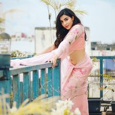 Parvati Nair navel photo in pink floral saree #parvatinair #southindianactress #floralsaree #navel #actressnavel #sareenavel #pinksaree Malayalam Actress Photograph MALAYALAM ACTRESS PHOTOGRAPH |  #FASHION #EDUCRATSWEB | In this article, you can see photos & images. Moreover, you can see new wallpapers, pics, images, and pictures for free download. On top of that, you can see other  pictures & photos for download. For more images visit my website and download photos.
