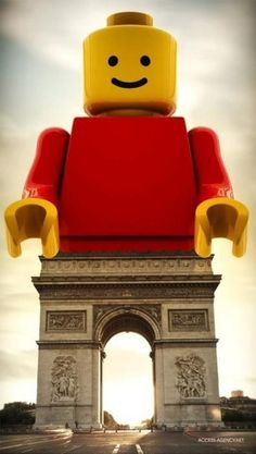 openhouse barcelona lego arc de triomphe paris
